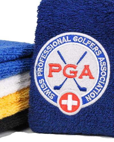 Bestickte Golftücher als erstklassiges Branding